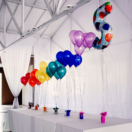 Decoracines con globos interesting globos with for Decoracion simple con globos